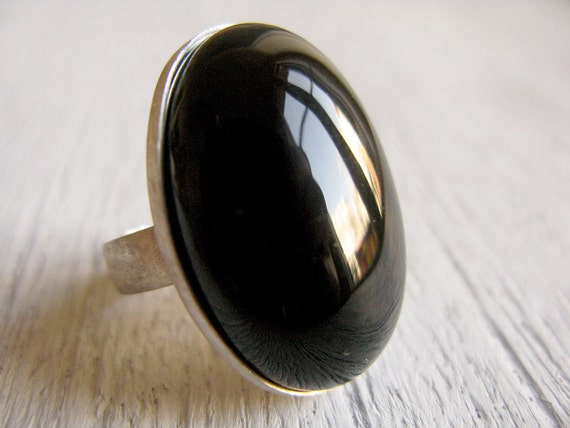 ONYX // Sterling silver ring with Onyx