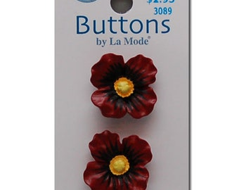 Two La Mode 3D Red Poppy Sewing Buttons