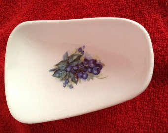 """Ceramic Spoon Rest with Blueberries on it  5"""" Long"""