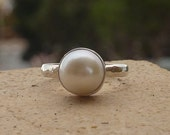 Pearl silver Ring, Freshwater Pearl ring, pearl stacking ring, cocktail ring, Sterling silver gemstone ring, Birthstone ring