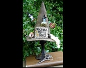 Wicked Witch Pinkeep pattern PDF -  primitive halloween pincushion old photo cross stitch pumpkin