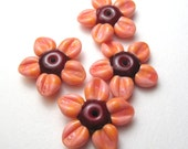 DAISIES in Salmon and Red, Artisan Lampwork Glass Daisy Beads handmade jewelry supplies sra