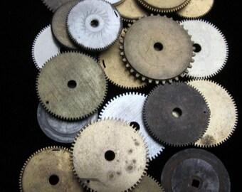 20 Antique Vintage Clock Watch Parts Cogs Gears Assemblage Steampunk Industrial Art Goodies CG 53
