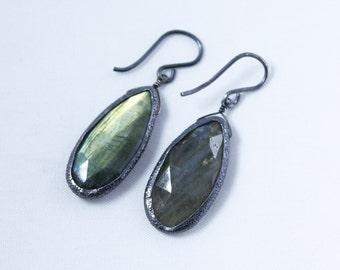 Labradorite Dangle Earrings Oxidized Silver GEM-E-130-Lab/gm