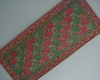 Quilted Table Runner - Five Patch (EDTRL)