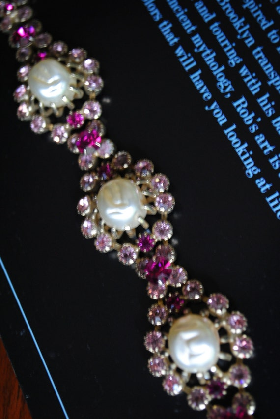Sale 20% off Art deco style vintage 60s bracelet with pink rhinestones and faux pearl. Made by Weiss.