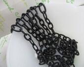 Plastic chains Black Link  ( 13mm x 8mm)  2pcs x 16.5inches