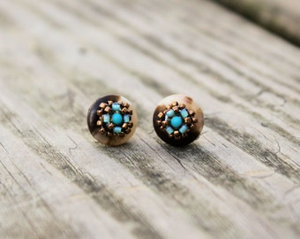 Vintage Button stud earrings, 2mm turquoise, bronze, brown and bue