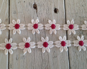 Daisy Trim IVORY AND WINE 1inch Daisies -2 yards