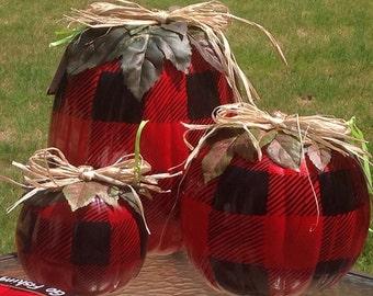 Painted Pumpkin Set of 3//Buffalo Plaid Painted Pumpkins