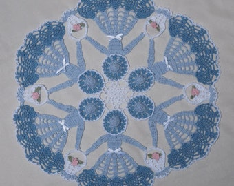 0582 Circle of Love Crinoline Doily Crochet Pattern