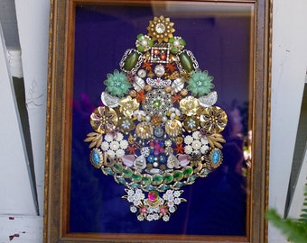 Framed  Vintage Jewelry Art Christmas Tree