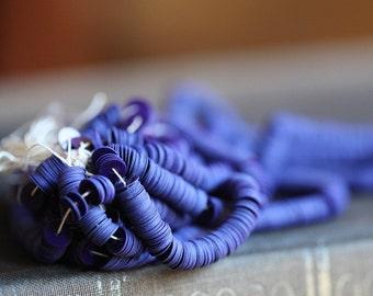 Vintage sequins, Darkest Violet, Opaque navy-purple sequins, 5mm