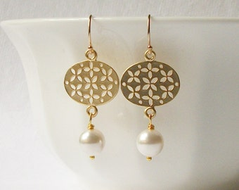 Pearl Earrings, Pearl Dangle Earrings, Pearl Wedding Jewelry, Bridesmaid Gift