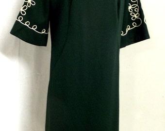 Vintage Dark Emerald Green Dress with white accents - floral desig