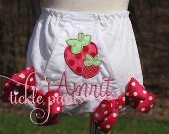 Strawberry bloomer- Diaper cover- Matches Strawberry Patch Birthday Outfits