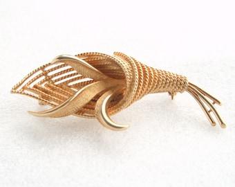 Vintage Coro Brooch Openwork Cornucopia Braided Goldtone Pin