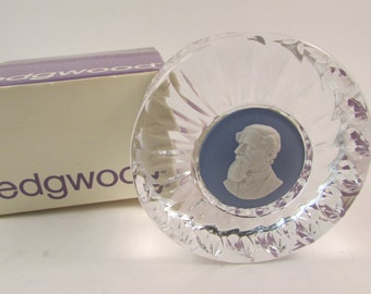 Vintage Wedgwood Paperweight Charles Dickens with Original Box Crystal and Blue Jasperware
