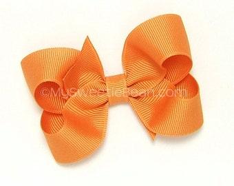 Pumpkin Pie Bow, Pumpkin Orange Hair Bow, 3 inch Boutique Bow for Girls, Toddlers, Babies, Girls Hair Bow, Pumpkin, Light Orange