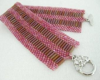 Peyote Bracelet / Beaded Bracelet / Bugle Beads Bracelet /  Seed bead Bracelet in Ruby and Topaz / Beadwork Bracelet / Beadwoven Bracelet