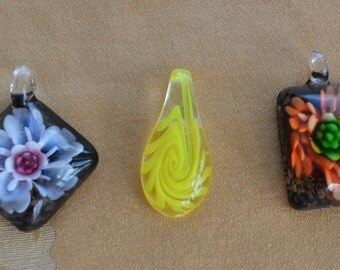 Pretty Glass Pendant Lot, Supplies, (3), Yellow, Floral, Orange