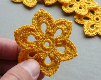 8 Crochet Flower Appliques -- 2 inch Diameter, in Goldenrod Yellow