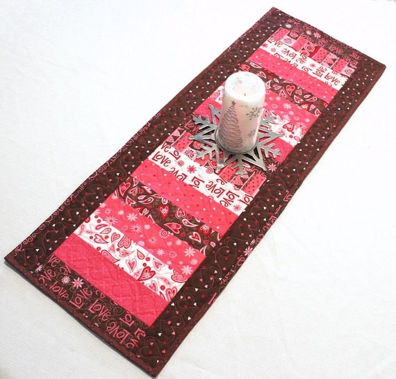 Pink and Brown Valentines Day Table Runner Quilt - Surrounded by Love Fabric by Deb Strain for Moda