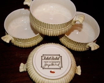 Mid Century Georges Briard Tisket-Tasket set of Four  Handled Bowls