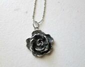 Metal Black Glitter Rose Pendant Necklace