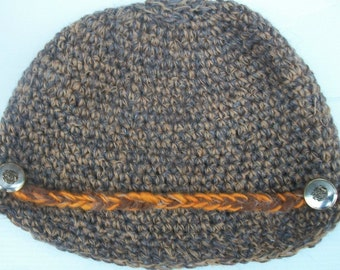 Crochet hat with a brim. Malina hat. Only 1 left in brown.