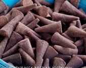MUGWORT Old European Premium Master Crafted Cone Incense w/ Pure Witch's Mugwort Essential Oil, 18 Cones