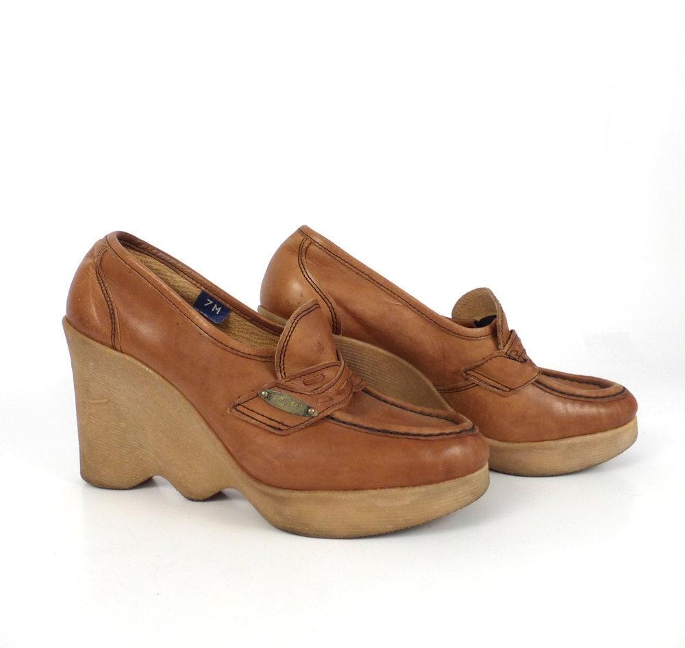 famolare platform shoes vintage 1970s wave sole wedges hi up