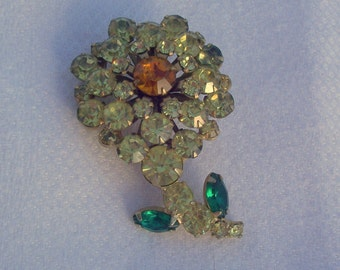 Vintage Flower Brooch with Pale Yellow Rhinestones
