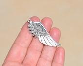 1 Silver Wing Pendant SC1798