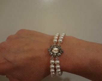 OOAK,Wedding Bracelet rhinestone Bridal Cuff Bridal Bracelet Wedding jewelry Wedding Accessory Pearl Bracelet