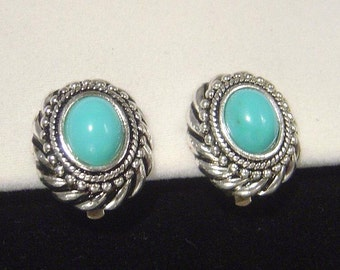 Vintage Avon Southwestern look faux turquoise Earrings