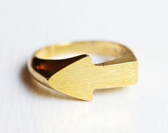 Molded Arrow Ring - Size 5