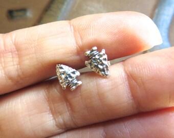 Tiny Vintage Arrowhead Studs Sterling Silver 925 Arrow Head Earrings 6x9mm