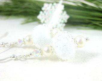 Snowball Earrings, White Earrings, Lampwork Earrings, Pearl Earrings, Glass Earrings, Dangle Earrings, Beaded Earrings, Snow Jewelry - Snowy