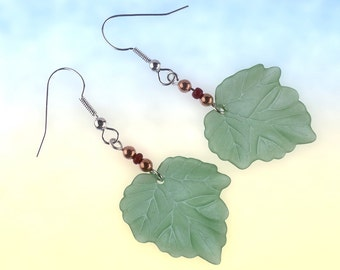 Green leaf earrings, lightweight lucite leaf dangles.