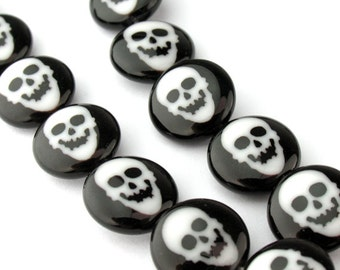 2pcs of 12mm Black and White Skull Millefiori Glass Round Coin Beads