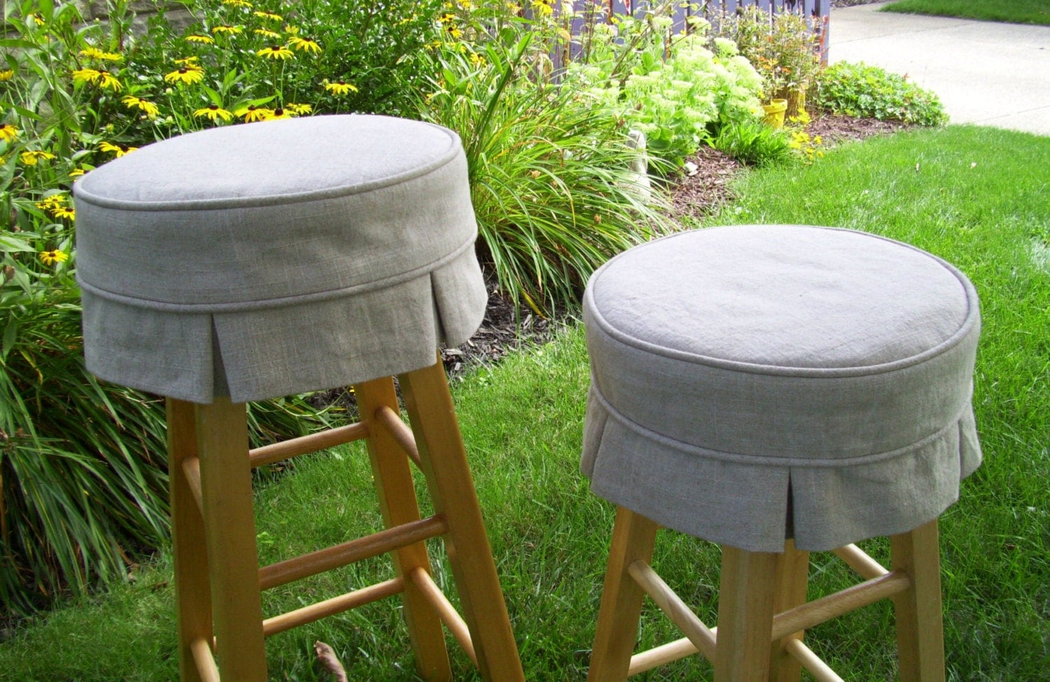 Linen Bar Stool Cover With Box Pleats And Cushion Barstool - Round Bar Stool  Covers Show - Bar Stool Cushion Covers Show Home Design