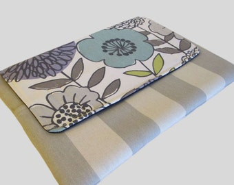 Laptop Sleeve, Tablet Case, Laptop Cover, Tablet Sleeve, Laptop Case, Tablet Cover, up to 13 Inch - Flowers In Grey
