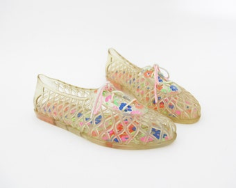Vintage jelly sandals / clear and floral lace up jellies / size 39-8