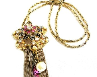 Pink and Black Retro Pendant Necklace Late 1940-50's