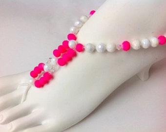 Hot pink beachy barefoot sandals tropical sparkly foot thongs anklet swarovski elements stretch beach wedding summer sandles