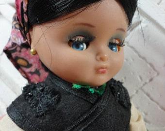 Fabulous Vintage Pre Blythe Linda Pirula Doll with flirty eyes