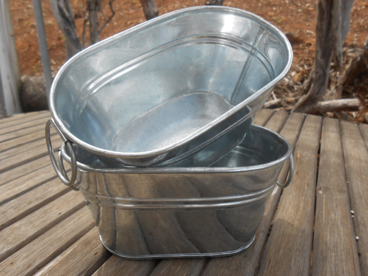 2 rustic oval galvanized tubs buckets 6 x 4 5 x for Rustic galvanized buckets