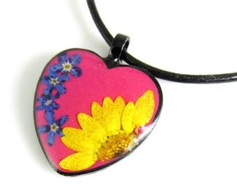 Heart Pendant, Real Flower Pendant, Pressed Flower Jewelry  (1402)