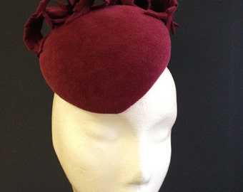 Burgandy Feather Beret - Great felt hat perfect for a wedding or the races, can be made in other colours